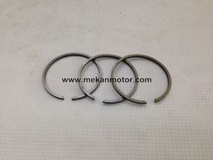 Picture of PISTON RING SET CZ 125