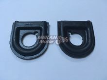Picture of RUBBER BETWEEN HANDLEBARS AND HEADLAMP SET JAWA 250